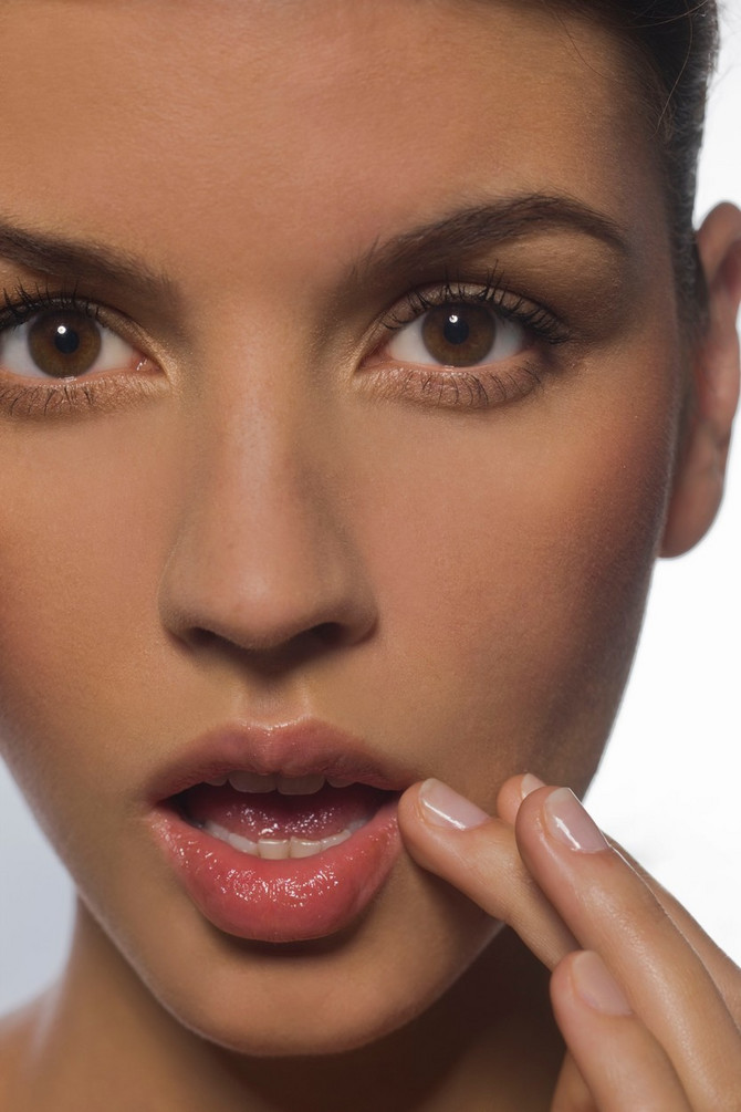 Vazelin pomaže i kod ispucalih usana