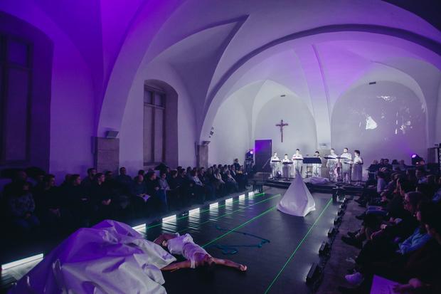 Philip Glass - A Madrigal Opera (fot. Hasenien Dousery / www.blackshadowstudio.com)