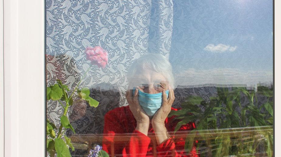 Koronawirus w USA: tysiące seniorów zmarło w domach opieki w wyniku zaniedbań, izolacji