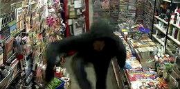 Bandzior z nożem napadł na kiosk. FILM