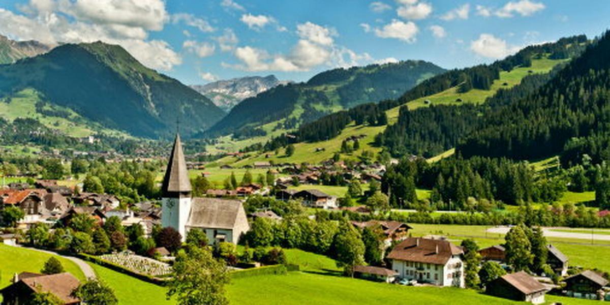 Szwajcaria: Cztery osoby zginęły w katastrofie