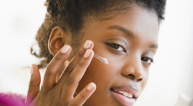 5 household items that fight pimples