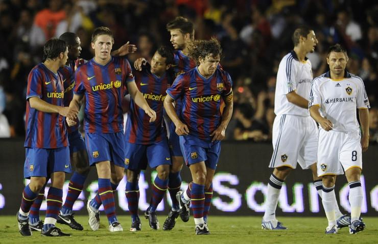 Hefren Suarez sa saigračima iz Barselone