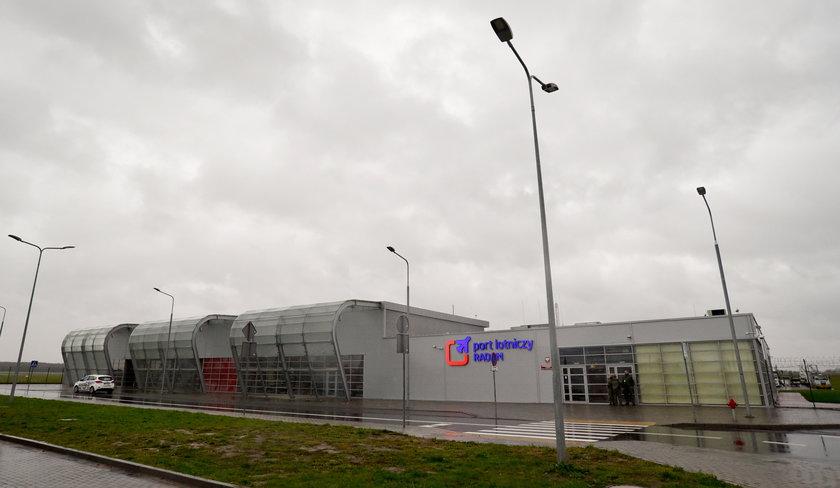 Suski chwali lotnisko w Radomiu, bo... jest z niego bliżej do Afryki