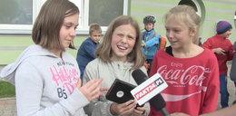 Dziennikarz dał dzieciakom kasetę magnetofonową i ołówek. Ich reakcja? Bezcenna!