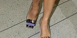 Obciachowe buty na stopach wielkej celebrytki