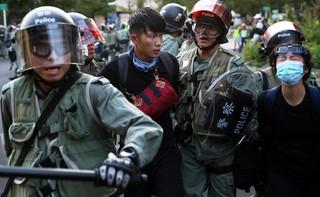 Hongkong: Po 11 dniach oblężenia policja weszła na kampus PolyU
