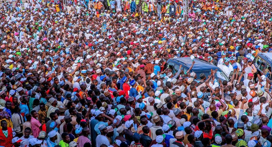 A crowd of Nigerians [Presidency]
