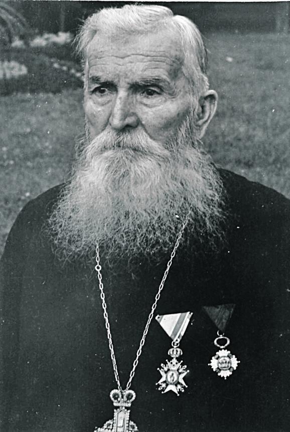 Prota Čedomir Čakarević