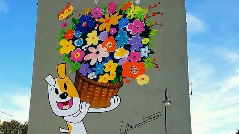 W Suwałkach, na budynku przy ulicy Emilii Plater dobiegają końca prace nad nowym muralem