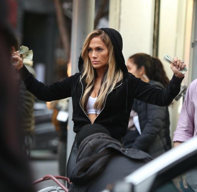 Dženifer Lopez u filmu Hustlers
