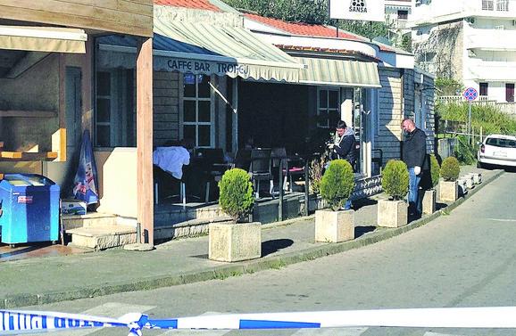 Kafić ispred koga je došlo do pucnjave
