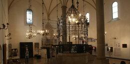 Zaskakujące odkrycie archeologów w synagodze. Tajemnicza skrzynia, a w niej....