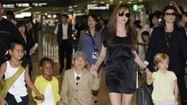 """Brad Pitt i Angelina Jolie znowu toczą wojny sądowe. We wszystko wplątane są dzieci... """"Są w szoku"""""""