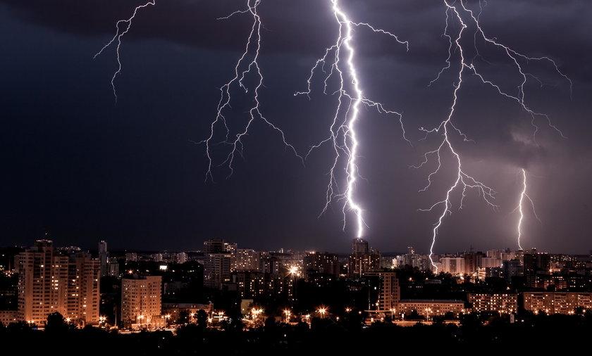Prognoza pogody: burze z gradem. IMGW ostrzega