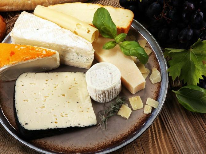 I na dijeti možete uživati u sirevima, evo koje vrste da odaberete