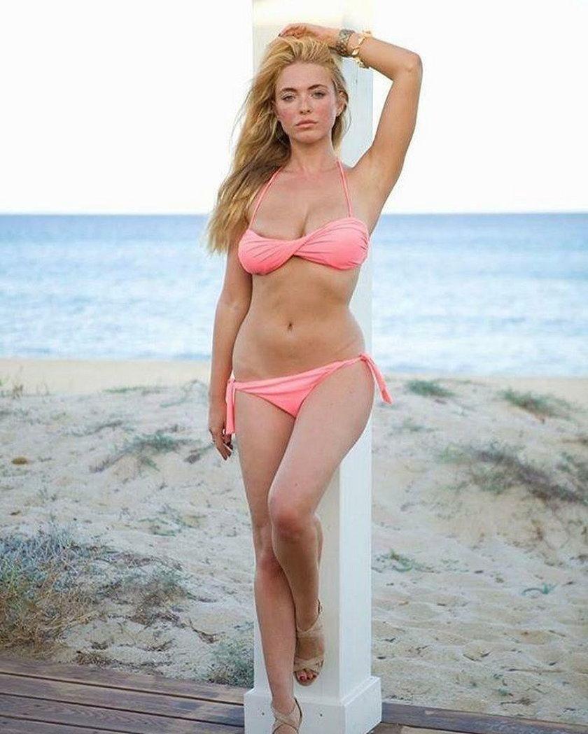 Modelka Playboya szaleje na Giro d'Italia. Mogła spowodować kraksę!