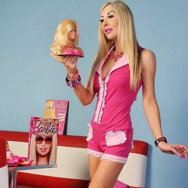 ljudska barbika