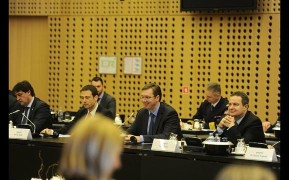 Srpski ministri na zajedničkoj sednici dveju vlada
