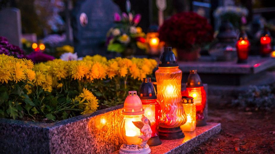 Jak duchowo przeżyć Dzień Wszystkich Świętych w pandemii?