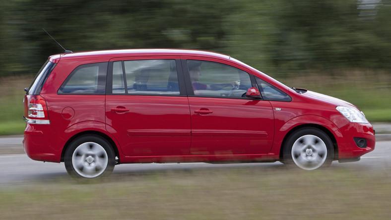 Zupełnie nowe Top 10 - używane auto dla dużej rodziny za 10-20 tys. zł LP74