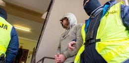 Dramat w Jaworznie. 18-latek ugodził nożem matkę, brata i babcię. Co powiedział śledczym?