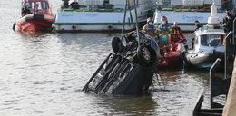 Samochód wpadł do Odry w Szczecinie. Kierowca nie żyje