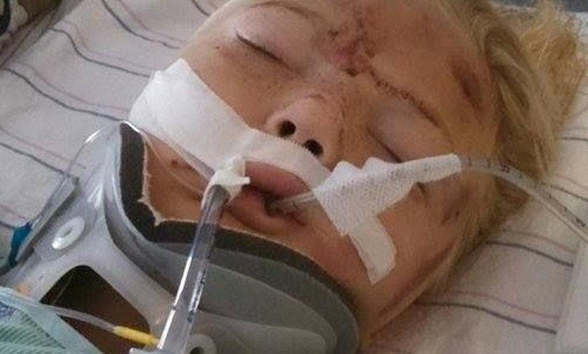 Córka omal nie zginęła. Kobieta obwinia za to pasy