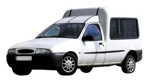 Tylko samochody inne niż osobowe (np. samochody dostawcze) mogą korzystać z pełnego odliczenia w podatku dochodowym