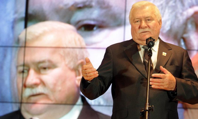 """Lech Wałęsa zbierze milion podpisów? """"Niech uważają"""""""