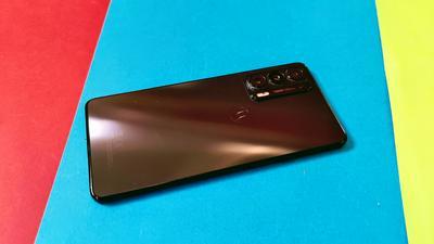 Motorola Edge 20 im Test: Schnell, dünn, tolles OLED-Display