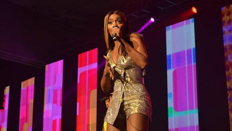 Tiwa Savage's cover of Kizz Daniel's 'Fvck You'  has gotten everyone speculating who she is referring to [Pulse]