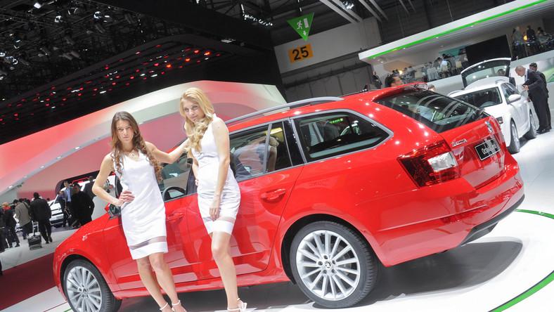 Octavia to oczko w głowie czeskiego producenta - jest najważniejszym modelem Skody. Wersja kombi gra jedną z ważniejszych ról w podboju serc kierowców - samochód został wprowadzony na rynek w 1998 roku. Od tego czasu sprzedano go w ilości ponad 1,3 mln egzemplarzy, z prawie 3,8 mln wszystkich octavii na całym świecie. W 2012 roku w Europie na octavię kombi przypadło 23,7 proc. całej sprzedaży marki, a w Europie Zachodniej - nawet 25,2 proc. Czym Skoda pochwaliła się w Genewie?