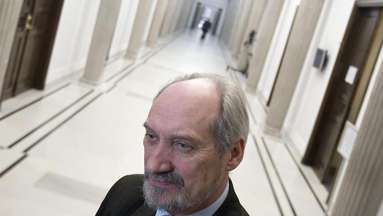 Antoni Macierewicz pozwał Gazetę Wyborczą