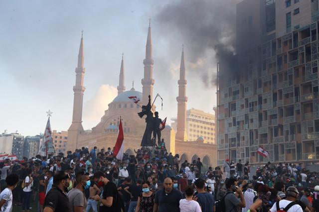 Nasilni protesti u Bejrutu nakon eksplozije