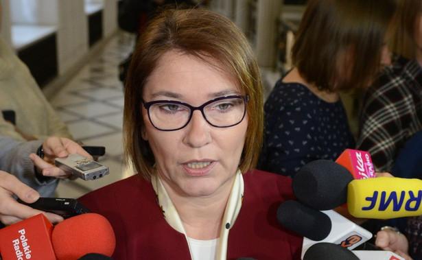 """Według Stefaniaka, nominacja Beaty Mazurek na stanowisko wicemarszałka Sejmu, to """"pokłosie rekonstrukcji rządu, która jak widać jeszcze trwa, bo nie wiadomo, gdzie skończą ci, co z rządu odeszli"""""""