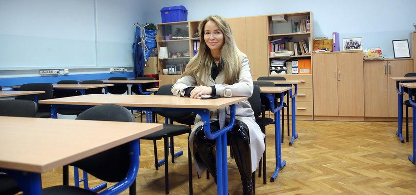 Joanna Przetakiewicz oprowadziła nas po swoim liceum. Zdradziła, że w młodości była niezłym ziółkiem! [WIDEO]