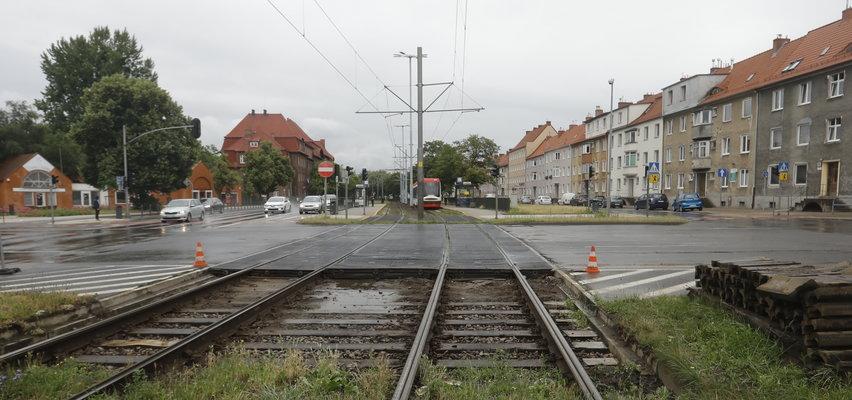 Prace remontowe na skrzyżowaniu al. Legionów i ul.Kościuszki w Gdańsku. Zamiast tramwajem pojedziesz autobusem.
