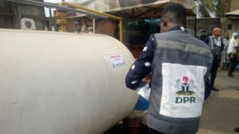 DPR seals off 4 illegal gas plants in Lagos [ARTICLE] - Pulse Nigeria