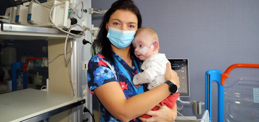 Ten chłopiec od urodzenia jest w szpitalu. Lekarze z ICZMP w Łodzi i Fundacja Gajusz szukają domu dla Marcinka