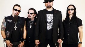 """Adrenaline Mob gra """"Dearly Departed"""""""