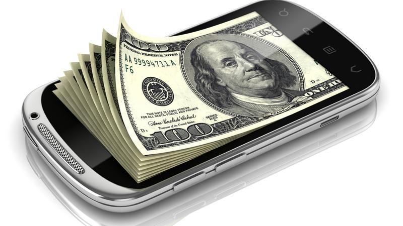 Smartfon pieniądze