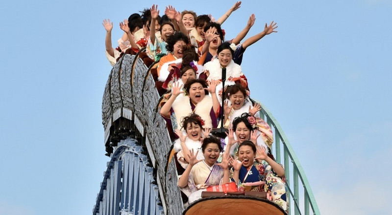 Silent screams: Japan rollercoaster virus guide wins hearts