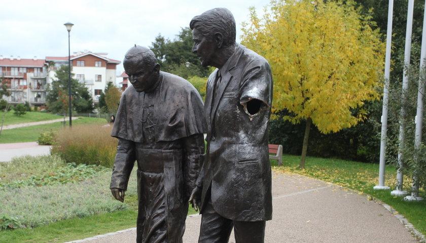 pomnik Ronalda Reagana i Jana Pawła II w Gdańsku