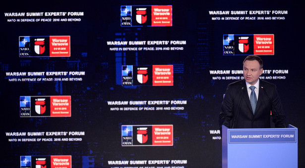 """Wystąpienie prezydenta Andrzeja Dudy podczas otwarcia forum ekspertów """"Warsaw Summit Experts' ForumNATO in Defence of Peace: 2016 and Beyond"""" w Warszawie."""