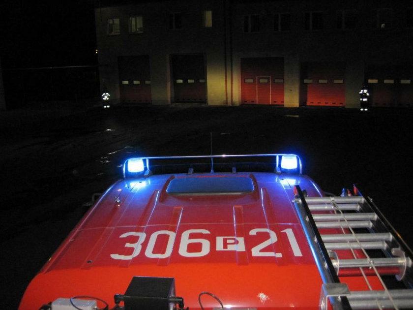 Nocne ćwiczenia strażaków