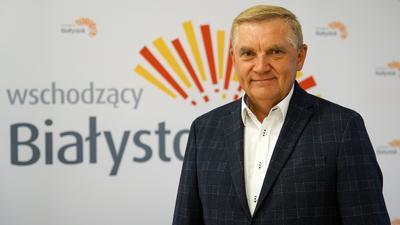 Prezydent Białegostoku trafił do szpitala. Dramatyczny apel w sprawie szczepień przeciwko koronawirusowi