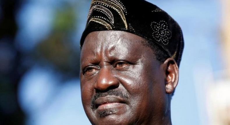 Raila encounters angry mob in Kisumu