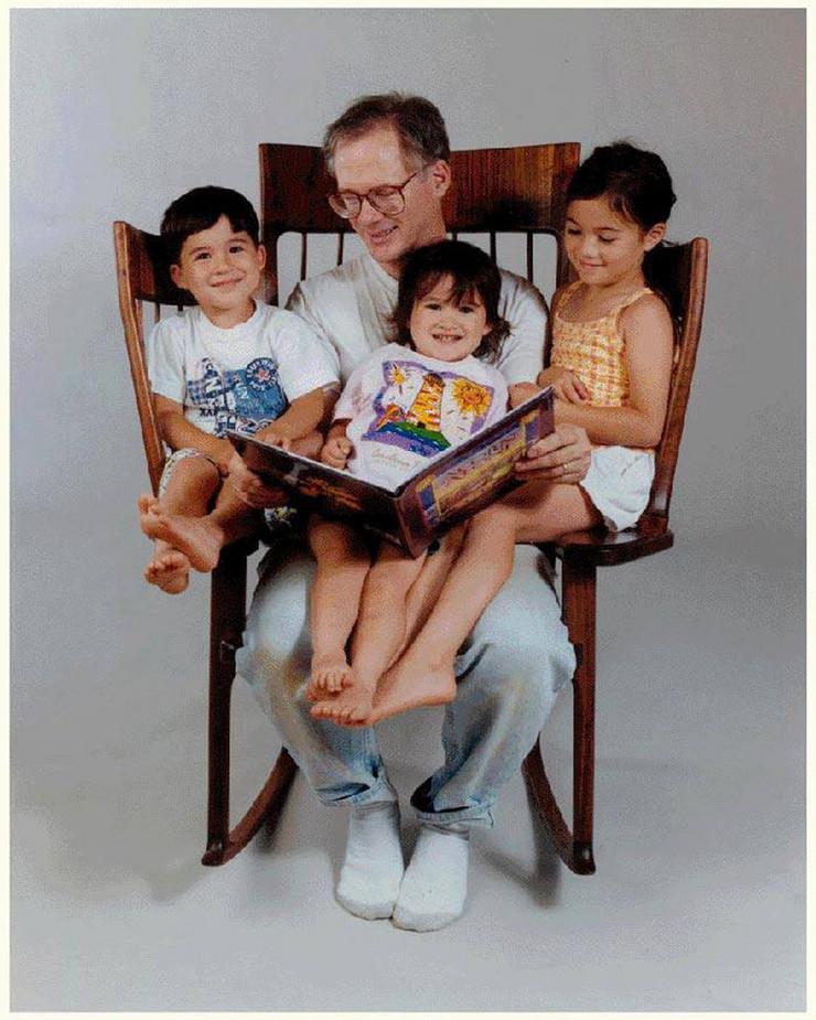660743_stolica-za-ljuljanje-foto-facebook-hal-russell-taylor