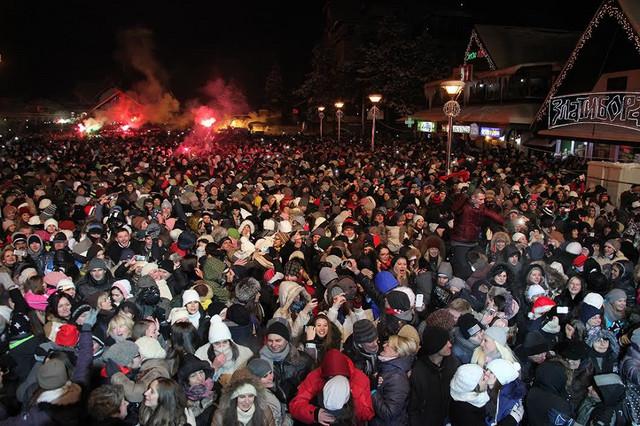 "Za tri dana tri žurke na Kraljevom trgu: Pevaju Haris, ""Riblja čorba"" i Željko Joksimović"